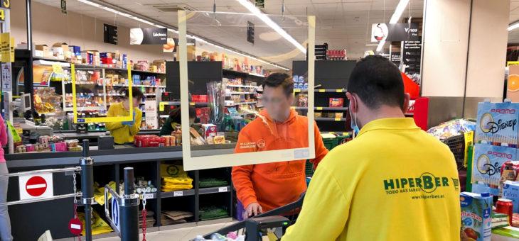Ggrupo GP, asociado de FESPA España, fabrica pantallas para garantizar la seguridad de clientes y personal en tiendas